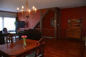 Main Floor 9.5 - Hurry!  Reduced from $2500 to $1990/month!!!