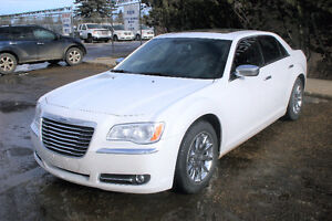 2014 Chrysler 300-Series LIMITED , C Sedan