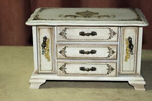 Wooden Jewelry Box 3 Drawers Plus 2 Pull Down Ring Drawers Kingston Kingston Area image 4