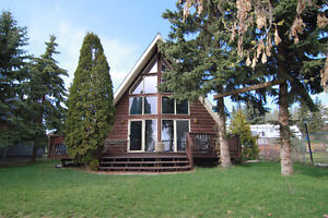 Charming Home on 0.23 Acres in Lac Ste Anne County