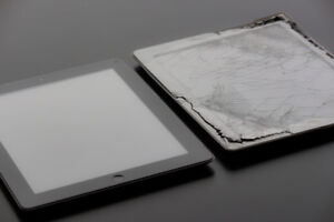 IPAD REPAIR | iPad 2/3/4 screen replaced for $60 done in 2 hours