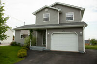 3 Bedroom House 1.5 Bath w/ attached Garage in Allison Heights