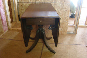 Duncan Phyfe Table For sale
