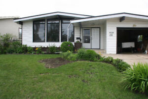 AVAILABLE NOVEMBER 1,4 BEDROOM/2.5 BATHROOM DELWOOD HOME