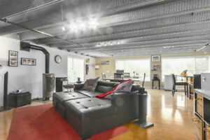 Reduced $259K!  Live/Work space 2005 sf two levels Loft!