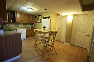 Shared / Furnished Suite - ALL UTILITIES INCL. NEAR UofA / LRT Edmonton Edmonton Area image 4