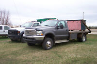 2002 Ford F350 with Hydradeck and Bins