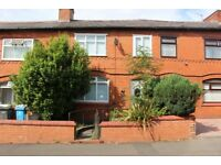 3 bedroom house in Tunstall Road, Clarksfield, Oldham, OL4