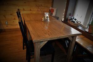 table de bar en bois rustique Saguenay Saguenay-Lac-Saint-Jean image 1