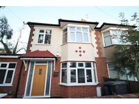 4 bedroom house in Summers Row, North Finchley, N12