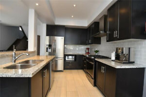 Executive Town house for rent Grimsby near lake