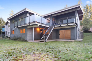 Renovated and spacious ground level 3 br suite in Lynn Valley