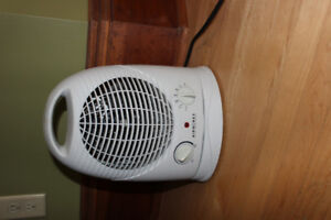 Airworks Portable Oscillating Fan Forced Heater