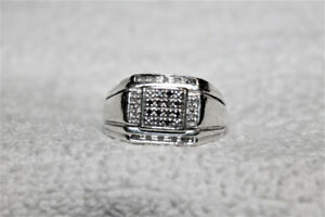 Men's Multi Diamond Ring Size 10 In New Condition