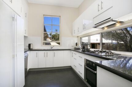 Brisbane Students Zone 1 private db room Greystanes Parramatta Area Preview