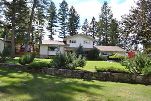 Beautiful House with Large shop on 14 Acres