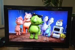 "TOSHIBA REGZA 32"" LCD HD TV Croydon Burwood Area Preview"