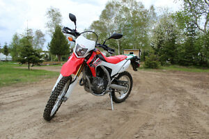Semi-Route Semi-Trail CRF250L 2016