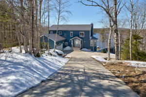 Lakefront Executive Home 41 Moody Park Dr