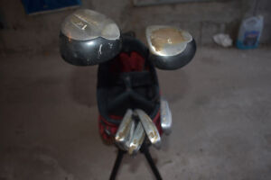 Set of used Junior golf clubs