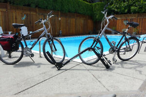 Two Giant Mountain Bikes & Trailer Hitch bike Rack