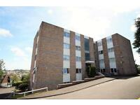 2 bedroom flat in Stratford Court, Westover Gardens, Westbury On Trym, Bristol, BS9 3NE