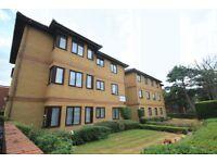 3 bedroom flat in Emerald Court, Woodside Park, N12
