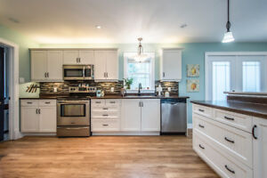 Beautiful 8 year old home with In-Law Suite & almost 2 acres!!