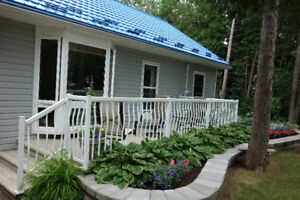 Cottage for Rent in Inverhuron near The Bruce plant