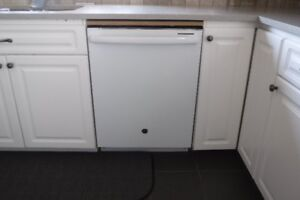 GE Built In Dishwasher - Great Condition