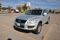 2009 Volkswagen Touareg V6 Sport w/sunroof, leather heat seat