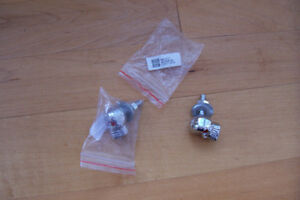 MOTORCYCLE SKULL LIC PLATE BOLTS COMPLETE NEW