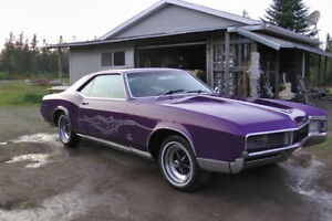 BEAUTIFUL 1966 BUICK RIVIERA