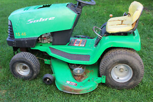 SABRE LAWN TRACTOR FOR SALE $350 London Ontario image 3