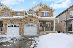 Open House this Sunday from 12-2pm at 98 Stonemount in Angus!