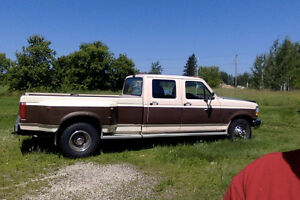 $5800 firm ! 1993  F350  7.3  diesel  and 1991  26ft Camper .