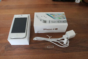 I-Phone 4S 16gb-Excellent Condition
