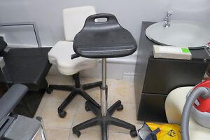 Chaise haute réception, bureau, coiffure
