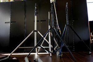 4 Studio Light Stands with Boom