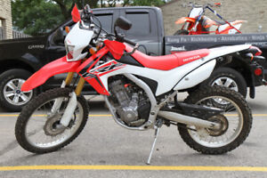2015 Honda CRF 250 L - Only 1500 KMS - Street Legal