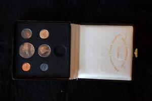 Coffret Monnaie royale canadienne 1967 (le centenaire)
