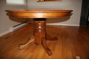 Oak Table