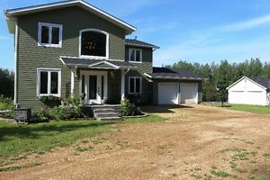 STUNNING Home, 23 Acres of land Close to SHERWOOD PARK!!