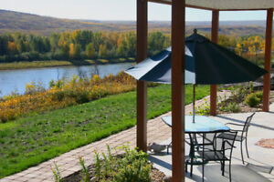 Your cabin retreat on the banks of the Peace River