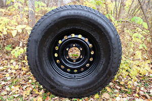 LT265/75 R16 - 4 Nokian Winter Tires and Rims -