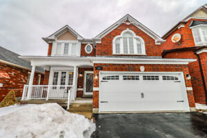 *Spacious Family Home in a Great Ajax Neighbourhood (Full Home)*