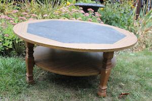 Round Coffee Table Kitchener / Waterloo Kitchener Area image 2