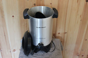42 Cup Hamilton Beach Coffee Maker / Urn Used Only Once