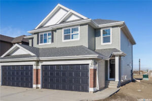 BEAUTIFUL CORNER LOT SEMI-ATTACHED HOME IN BRIGHTON!