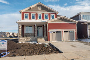 Brand new tandem triple car garage home in Beaumont
